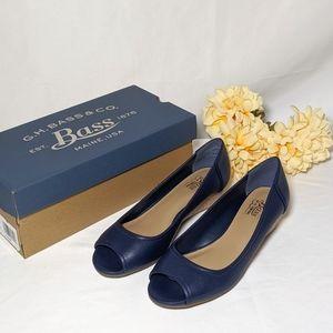 NWT G.H. Bass & Co Blue Peep Toe Wedges Size 6.5